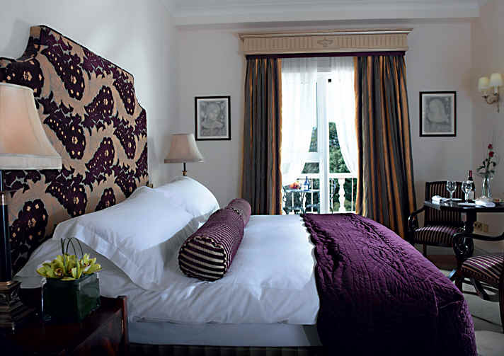 Fitzpatrick Castle Hotel Bedroom    Killiney Dublin