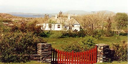 irland ferienhaus am meer glassillaun cottage mit offenem kamin galway. Black Bedroom Furniture Sets. Home Design Ideas